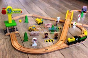 Деревянная железная дорога EDWONE E16A09D 70 деталей